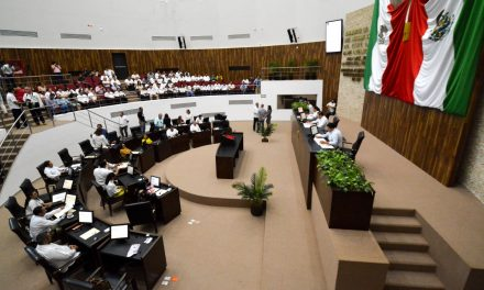 Tres diputados de Morena 'en banquillo de acusados'