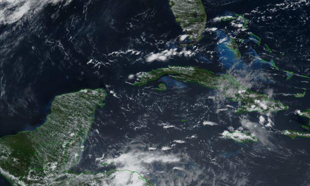 Calor no cede en Península de Yucatán, pero potencial de lluvias disminuirá el jueves
