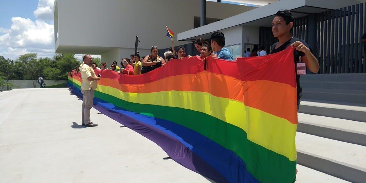 Cierran paso en Yucatán al matrimonio entre personas del mismo sexo (Video)