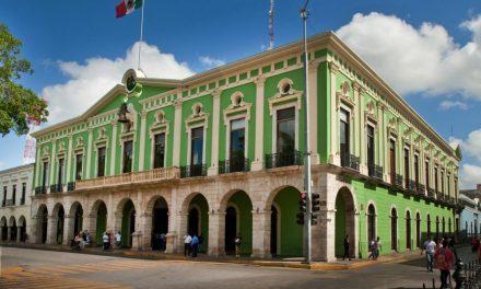 Edificio icónico de la plaza grande de Mérida, a restauración