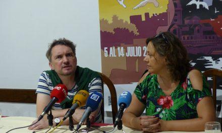 Buscando tener menos asesinatos sórdidos y menos sangre llega novela checa a Gijón
