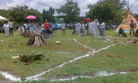 Rezan mayas y cheroquis por la paz y el cuidado de la Tierra