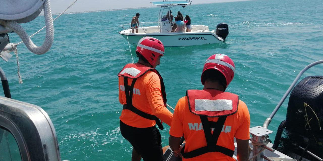 Pasean, se descompone yate y son rescatados al noroeste de Chicxulub Puerto