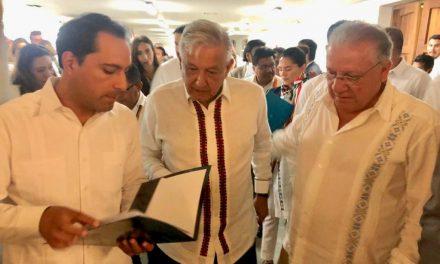 Firma Vila Dosal pacto para desarrollo Sur-Sureste
