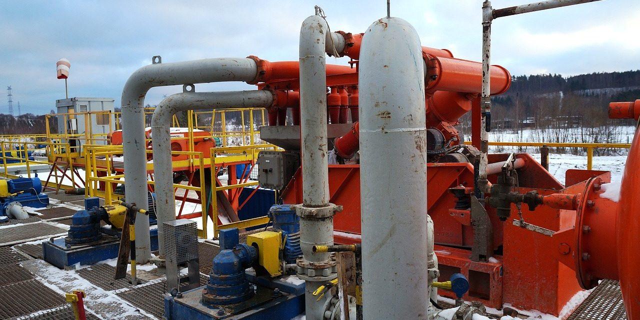 Urgencia de gas natural y electricidad más barata