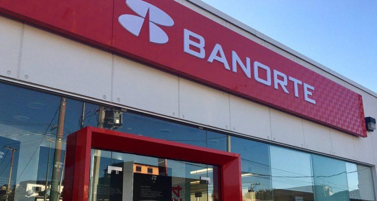 Banorte reporta que sus servicios digitales y atención en sucursales se encuentran suspendidos