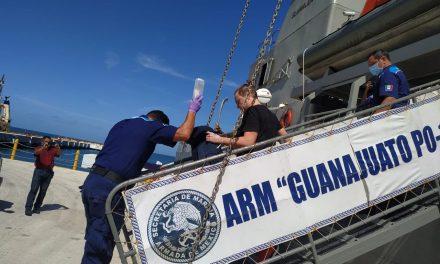 Auxilian navales a tripulante rusa en petrolero cerca de Progreso