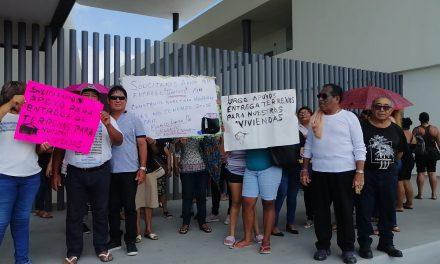 Habitantes de Chelem se inconforman con alcalde de Progreso