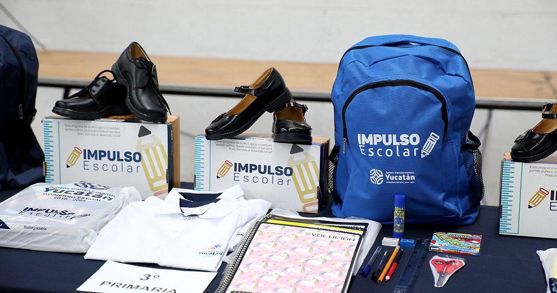 Arranca en Yucatán entrega de paquetes escolares para primaria y secundaria