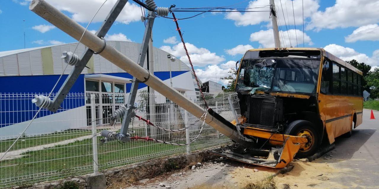 Brusco despertar de camionero en el periférico de Mérida