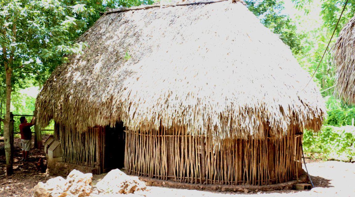 """Cerca de Chichén Itzá rescatan conocimiento sobre """"casa maya"""""""