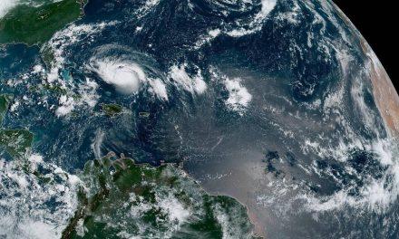 Florida se prepara para el 'monstruoso' huracán Dorian