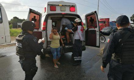 Lesionados pasajeros en triple colisión en zona urbana de Cancún (Video)