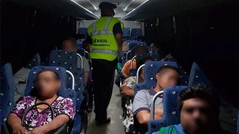 Asaltan encapuchados a pasajeros que regresaban de Chetumal a Mérida