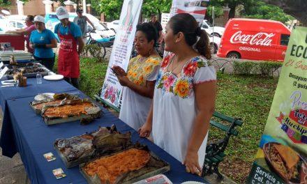 En preparativos la Feria del Mucbil-pollo en barrio de San Sebastián (Video)