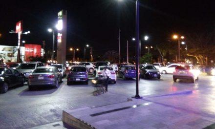 Estacionamientos de plazas comerciales de Mérida, en mira de diputados