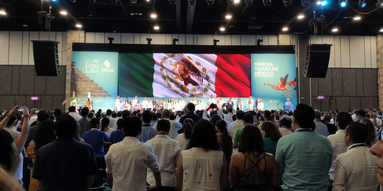 Es Yucatán laboratorio de paz; llamado contra pobreza y desigualdad