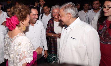 Asiste López Obrador a cena por Cumbre Mundial de Premios Nobel