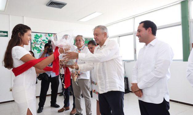 Con recorrido por clínicas rurales y espaldarazo a Vila, concluye gira de AMLO