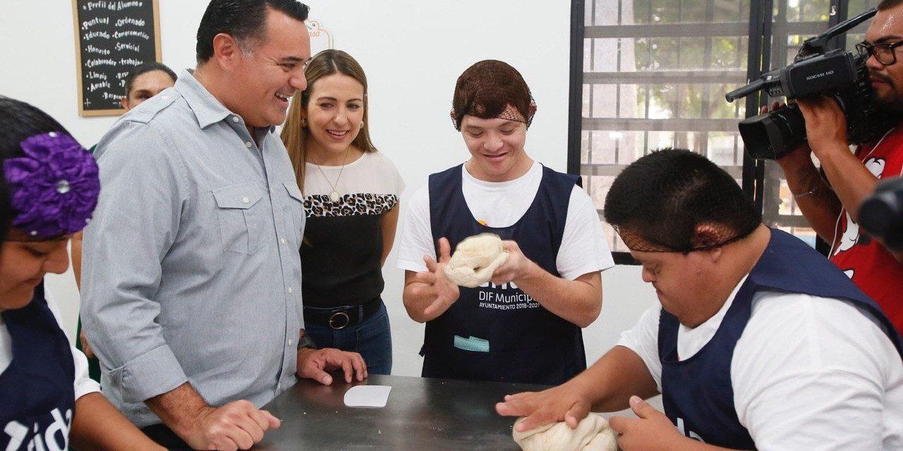 """Centro ocupacional y recreativo """"La Ceiba"""", rehabilitado y mejorado"""