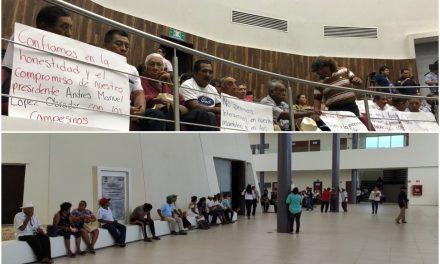"""Ejidatarios """"toman"""" Congreso de Yucatán y exigen renuncia (Video)"""