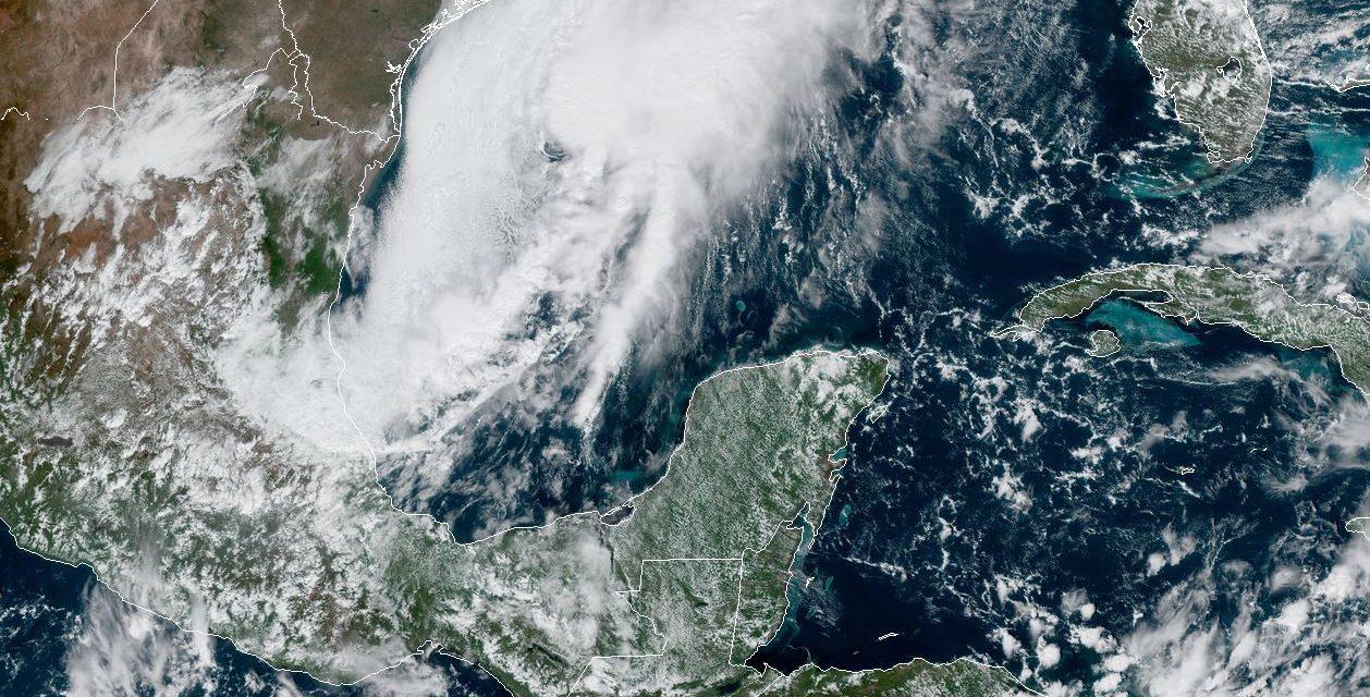 Sábado de fuertes vientos y oleaje elevado en costas de Campeche y Yucatán