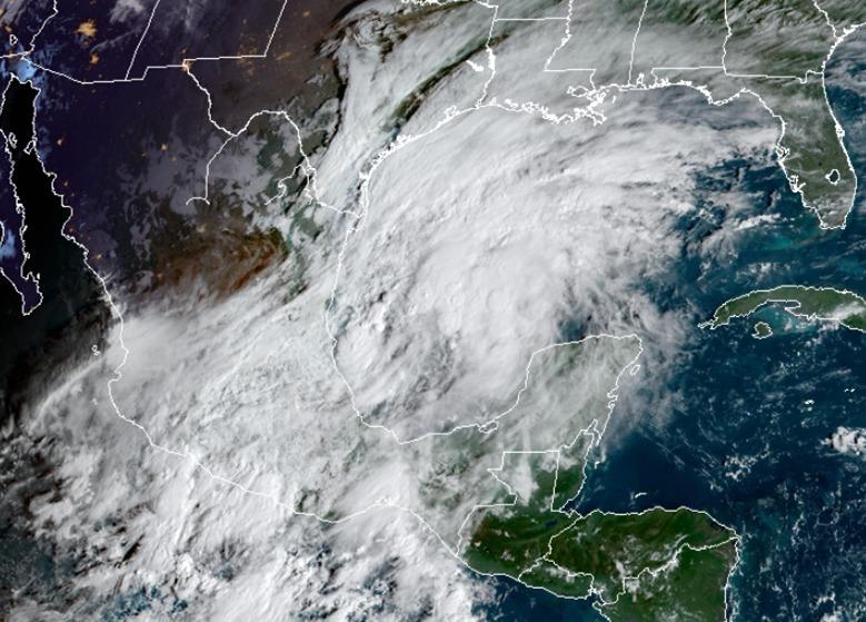 En ruta hacia EU se forma ciclón tropical