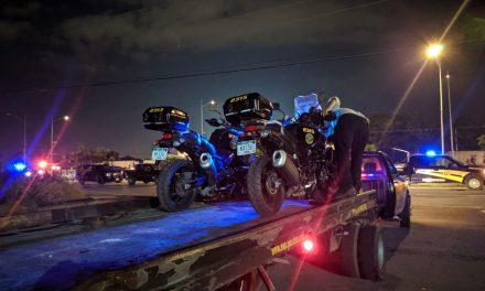 Entrenan y derrapan; policías lesionados en periférico de Mérida