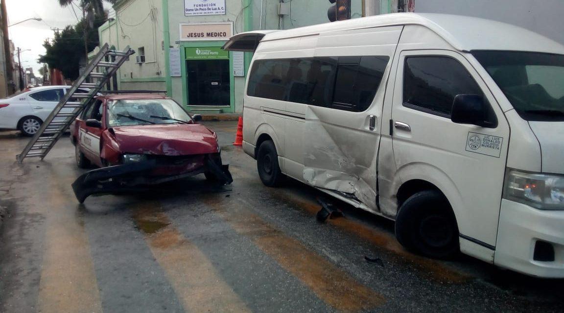 "Colectivo ruta Dzilam González ""se vuela alto""; 8 lesionados leves (Video)"