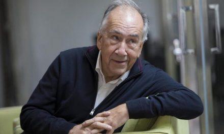 Gana poeta español Joan Margarit i Consarnau Premio Cervantes 2019