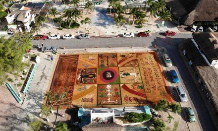 Tapete monumental, homenaje a difuntos en Puerto Morelos