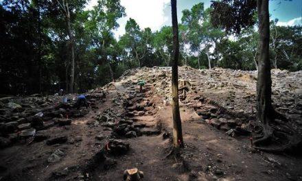 Hallan 'palacio' en zona arqueológica de Yucatán