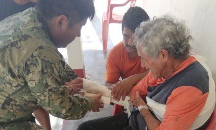 Lesionado en alta mar recibe auxilio de marinos