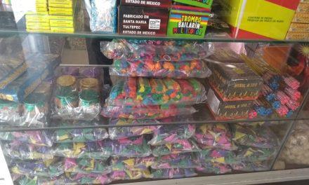 Nada frena venta de pirotecnia en Mérida (Video)