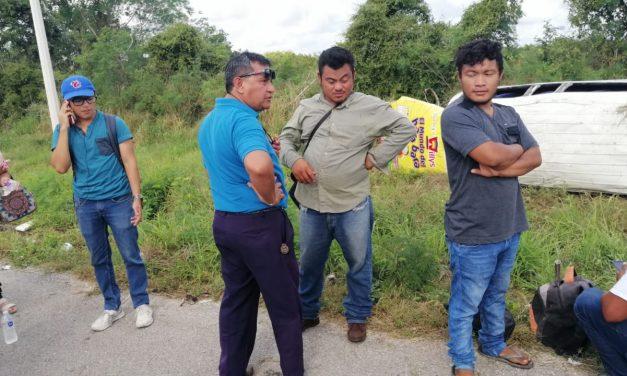 Vuelca colectivo foráneo de la ruta Motul, con 15 lesionados (Video)
