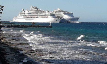 Choque de gigantes: Incidente en muelle Puerta Maya durante maniobras de atraque de cruceros