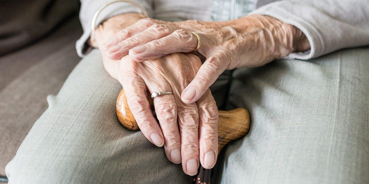 Abuelos y padres, nuevo enfoque ante envejecimiento