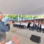 Se reúne Bartlett en Mérida con trabajadores de CFE