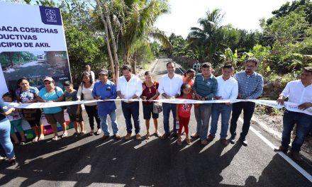 En tres municipios estrena Vila agenda de giras de 2020
