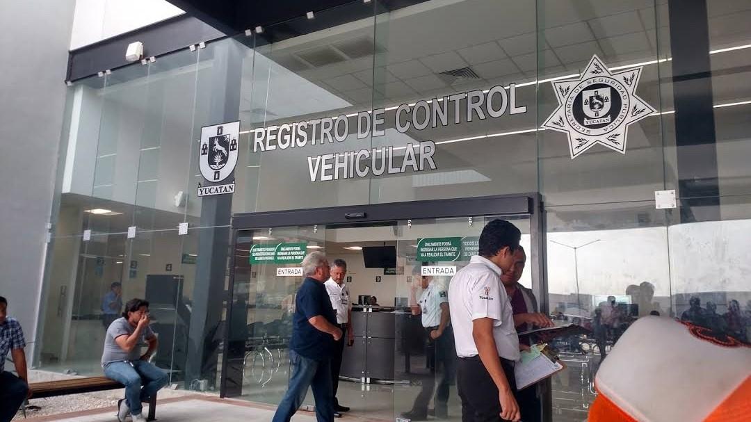 Los costos y variaciones del canje de placas en Yucatán