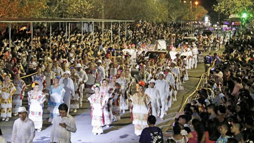 """Algarabía y tradición se entrelazan en """"Lunes Regional"""" en Ciudad Carnaval"""