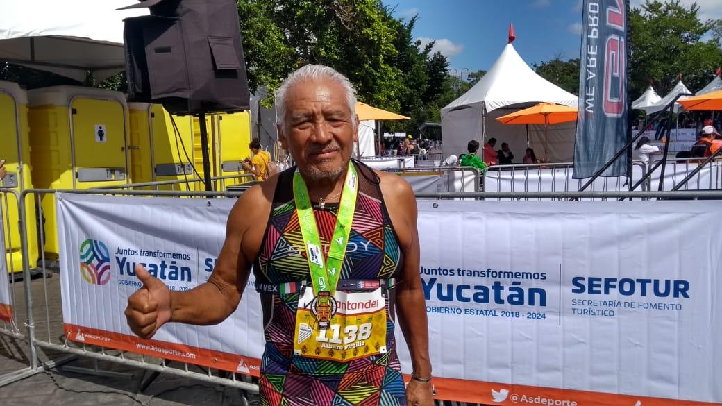 Sin límites: Es campeón nacional en triatlón a sus 73 años