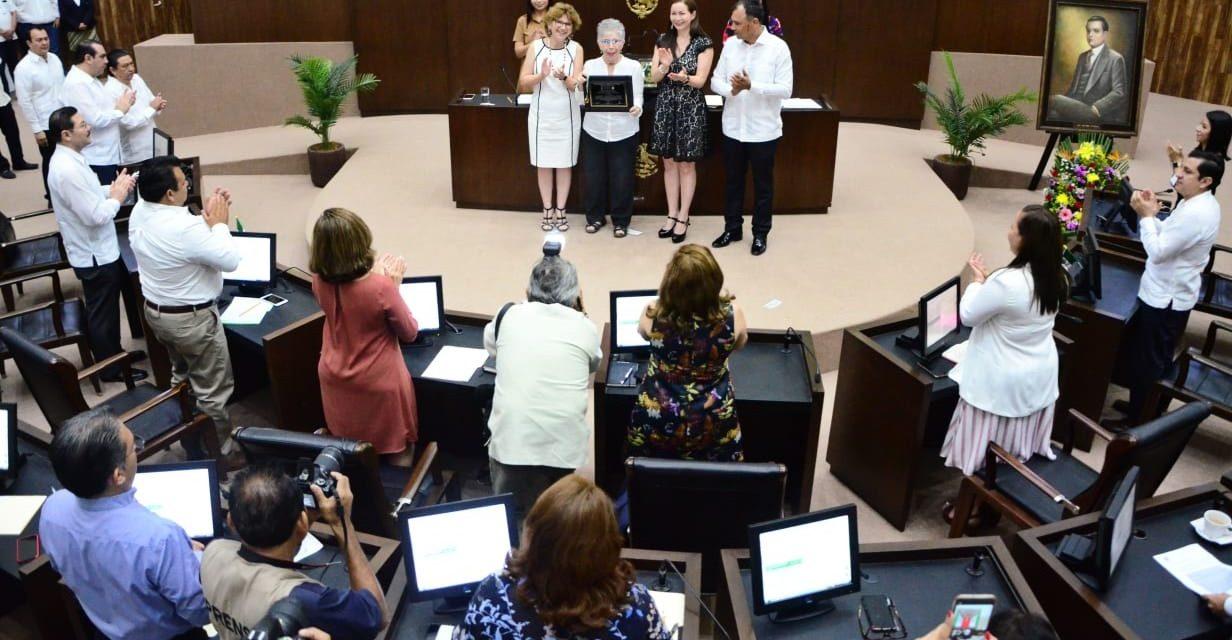 Medalla Héctor Victoria Aguilar a Gabriel Ramírez Aznar, ausente