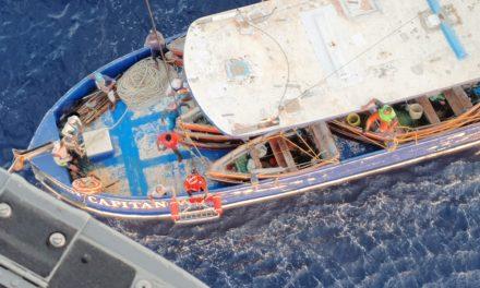 """Con """"angina de pecho por crisis hipertensiva"""" lo rescatan en alta mar"""