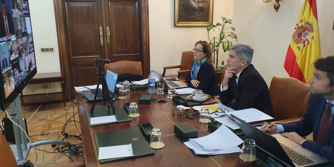 España aplica cierre parcial de acceso terrestre a su territorio