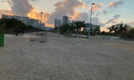 """Inicia Cancún """"aislamiento"""" y paro de actividades (Video)"""