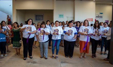 Visibilizan logros de mujeres en comisarías de Mérida