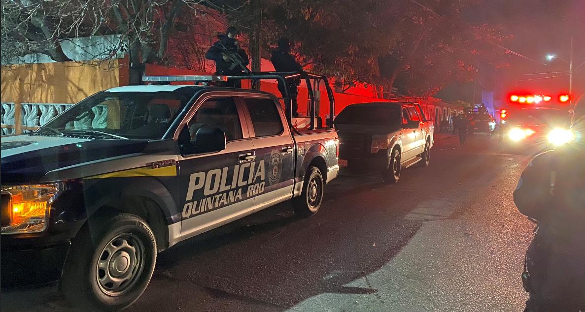 Rescatan en Cancún a tres plagiados y abaten a uno de los presuntos delincuentes