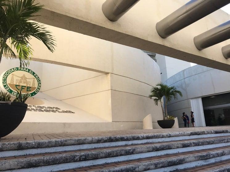 En negocios cerrados, CFE facturaría consumo promedio y no tarifa mínima.- Canaco-Mérida