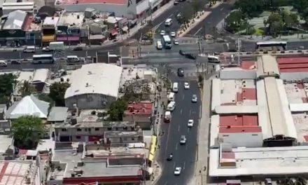 """Zona urbana de Cancún con """"bastante"""" movimiento de personas (Video)"""